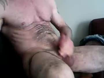 Chaturbate kev_in2014 show with cum