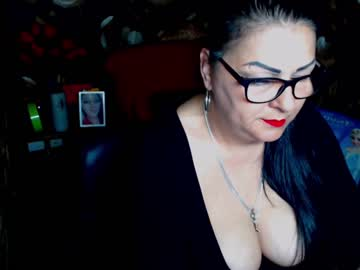 Chaturbate ladycrissyx public webcam video from Chaturbate