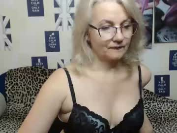Chaturbate blondwoman chaturbate toying
