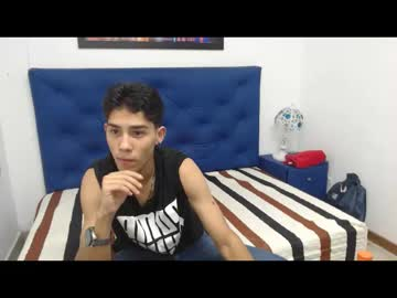Chaturbate boydjlthot show with toys from Chaturbate