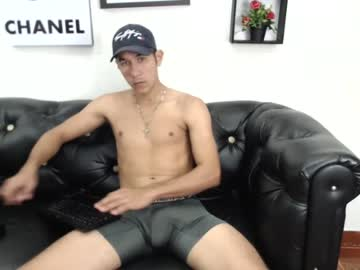 Chaturbate xpervert_slavex cam show from Chaturbate.com
