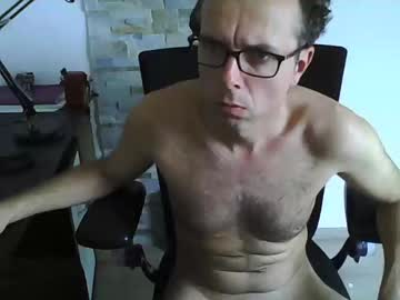 Chaturbate edge1946 blowjob video from Chaturbate