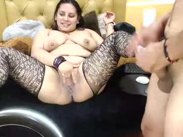 Chaturbate dominic_and_katherin blowjob video