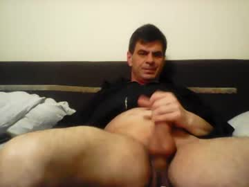 Chaturbate hornycamboy72xx record blowjob video from Chaturbate