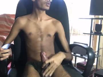 Chaturbate udm3 video with dildo from Chaturbate.com