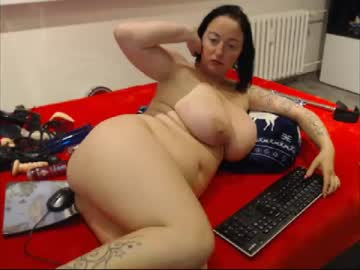 Chaturbate alexie33 blowjob show from Chaturbate.com