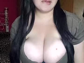Chaturbate lucykat1 blowjob show from Chaturbate.com