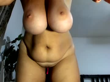 Chaturbate hot_bounce_boobs public show video from Chaturbate.com