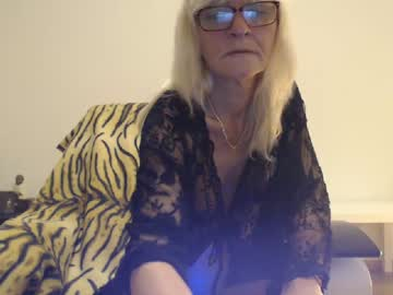 Chaturbate lindahotschot record cam show from Chaturbate.com
