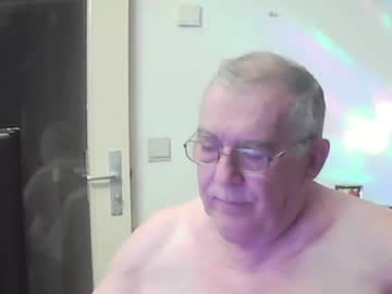 Chaturbate best127 record blowjob video from Chaturbate.com
