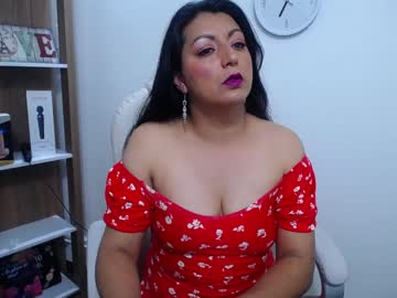 Chaturbate dolly_mature_ webcam video from Chaturbate