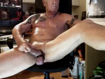 Chaturbate bisexmuscock blowjob show from Chaturbate.com