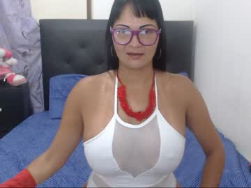 Chaturbate sharlinehot public webcam from Chaturbate