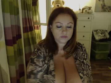 Chaturbate julialiones nude