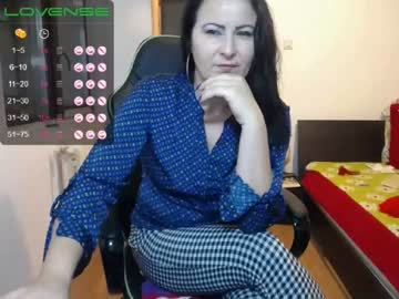 Chaturbate valysexybarbie public show from Chaturbate