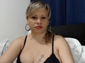 Chaturbate 4lejandr4_0x show with cum