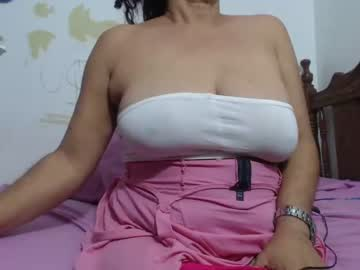 Chaturbate horny_mommy17 record public show