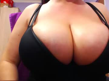 Chaturbate bbylarra record private from Chaturbate