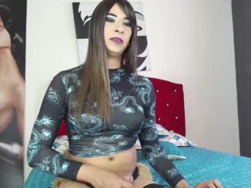 Chaturbate krissyyts blowjob video from Chaturbate