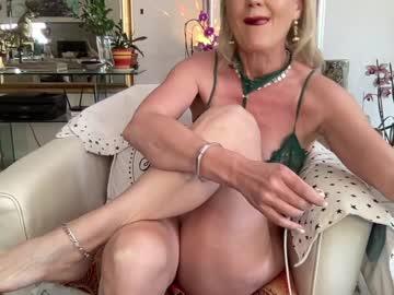 Chaturbate gl1tter_barbie private sex video from Chaturbate.com