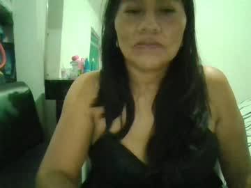 Chaturbate isa_hot_milf