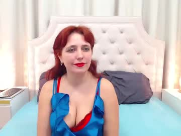 Chaturbate foxybetty record blowjob show from Chaturbate