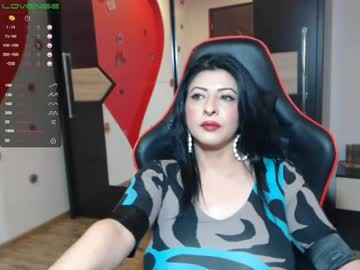 Chaturbate _doll_on_fire_ webcam video from Chaturbate