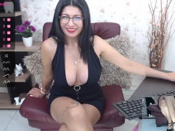 Chaturbate mature_bell public show from Chaturbate