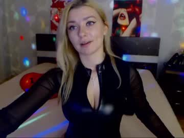 Chaturbate linnade public show video from Chaturbate