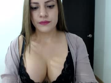 Chaturbate cristalhot_01 record blowjob video from Chaturbate.com