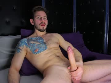 Chaturbate haydenmuscled public show video from Chaturbate.com