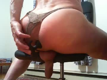 Chaturbate hugecockmeat cam show from Chaturbate.com