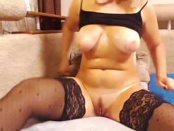 Chaturbate modest_devil show with cum from Chaturbate