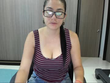 Chaturbate sweet_yin public webcam video from Chaturbate