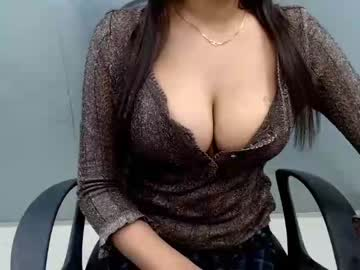 Chaturbate lisa__love record cam show from Chaturbate