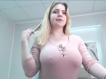 Chaturbate blondiebetsy public webcam