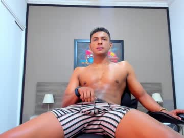 Chaturbate lunay_19 blowjob video from Chaturbate.com