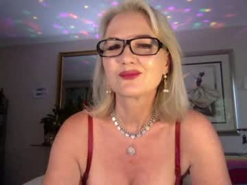 Chaturbate gl1tter_barbie record premium show video from Chaturbate.com