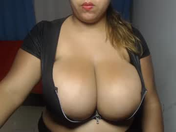 Chaturbate hornyboobs18 webcam video