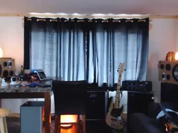 Chaturbate daddy_william record blowjob video from Chaturbate.com