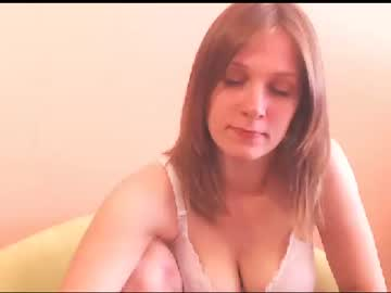 Chaturbate bigjugsmilly video with dildo from Chaturbate.com