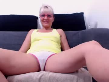 Chaturbate xugarcandx webcam show from Chaturbate