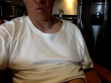 Chaturbate polosur08 blowjob video from Chaturbate