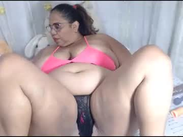 Chaturbate lilybigsize public show video from Chaturbate