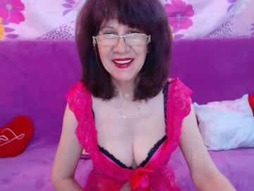 Chaturbate iwannaloveyou7 cam show from Chaturbate.com
