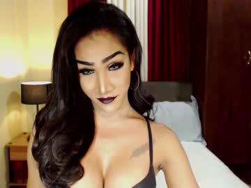 Chaturbate shemalevictoria cam show from Chaturbate.com