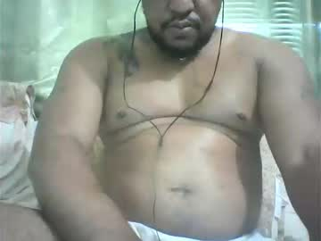 Chaturbate beefymusclekp chaturbate show with toys