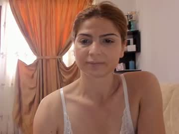Chaturbate mlittlegirl88 record show with toys