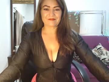 Chaturbate krystal_shy chaturbate cam video