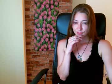 Chaturbate _queenofangels_ video from Chaturbate